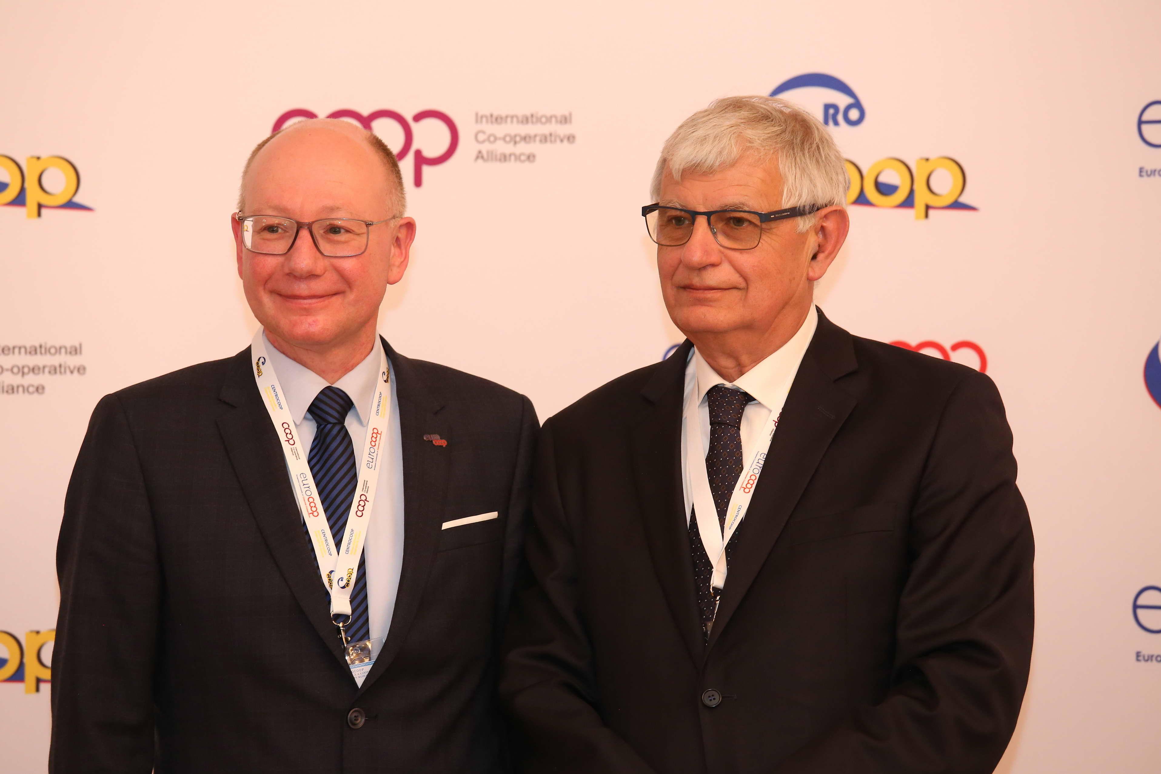 Presidents' Handover: Mathias Fiedler (L) and Massimo Bongiovanni (R)